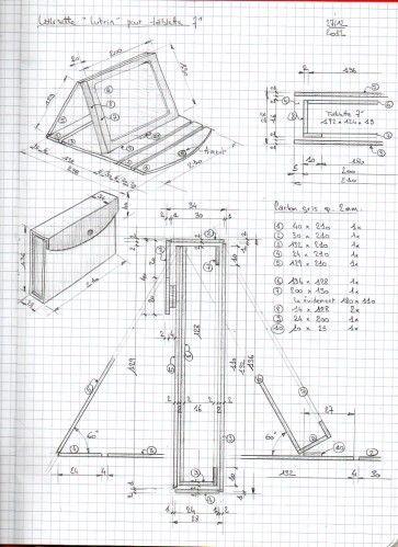 """Sur une suggestion de Vérov, Dan a réalisé un plan d'étui en cartonnage pour y glisser une tablette 7"""" (124X192X12,8mn). Fermé, l'étui se présente comme une valisette, ouvert, il se positionne en mode """"lutrin"""". Seul le plan a été réalisé, mais pas l'objet...."""