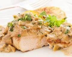 Poulet vallée d'auge : http://www.cuisineaz.com/recettes/poulet-vallee-d-auge-12559.aspx