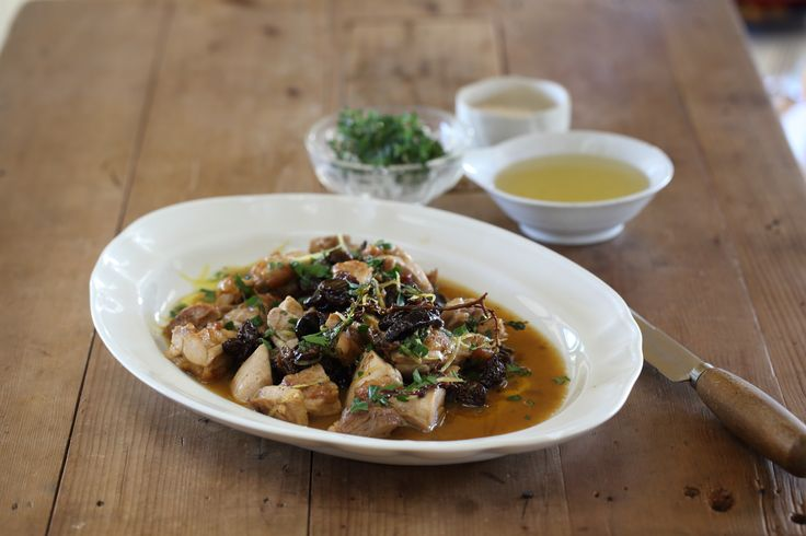 Chicken Thighs with Raisins and Pear Cider - Maggie Beer