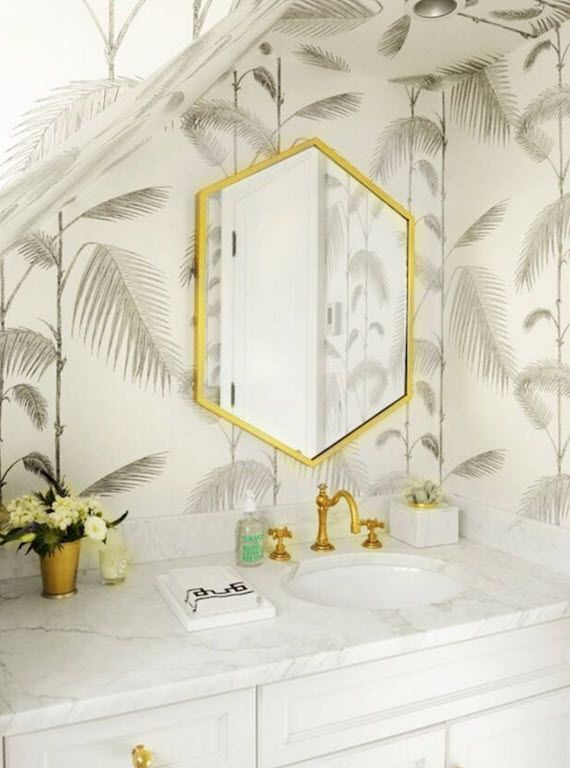 palm tree wallpaper // bathroom by the zhush // via @simplifiedbee