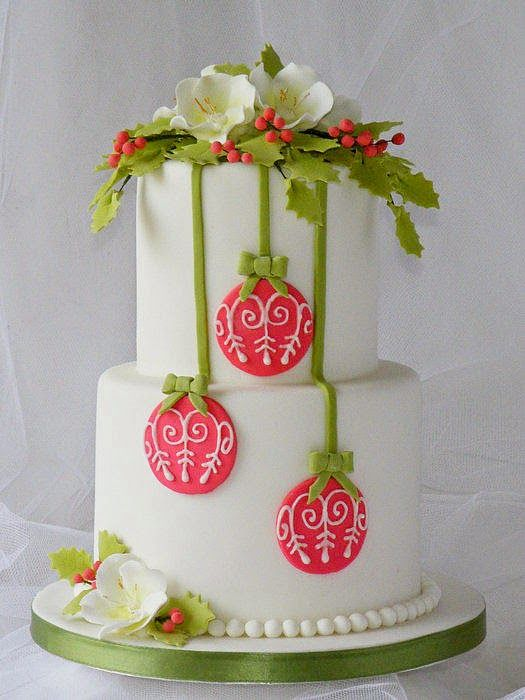 1000 ideas about christmas cake decorations on pinterest for Iced christmas cakes