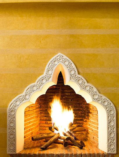 Very unique: Decor Moroccan, Fireplaces Design, Blue Houses, Ryad Dyor, Fireplaces Spanish, Photo Galleries, Moroccan Fireplaces, Morocco Design, Fire Places