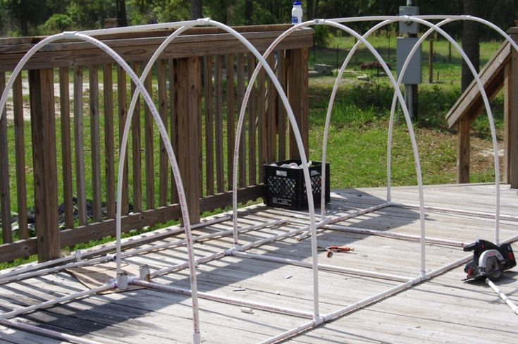 Pvc pipe chicken run plans chickens pinterest pvc for Pvc chicken house