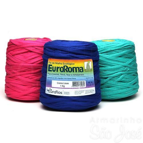 Método inovador, a malha está sendo usada para tecer tapetes, cortinas, colares, etc...  Você encontra esse fio na internet.                ...