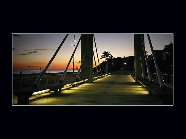 Pont del passeig de Garbí 3 by kodachrome65, via Flickr