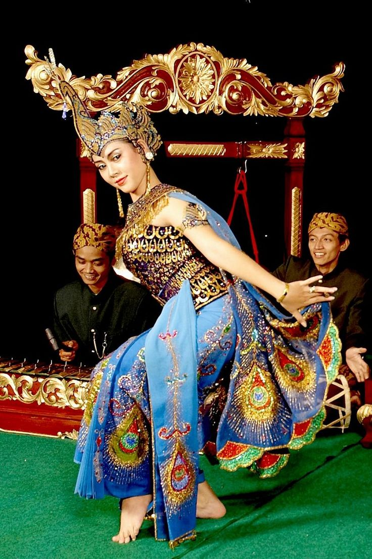 17 Best images about indonesian dance on Pinterest  Traditional, Bali indonesia and Javanese