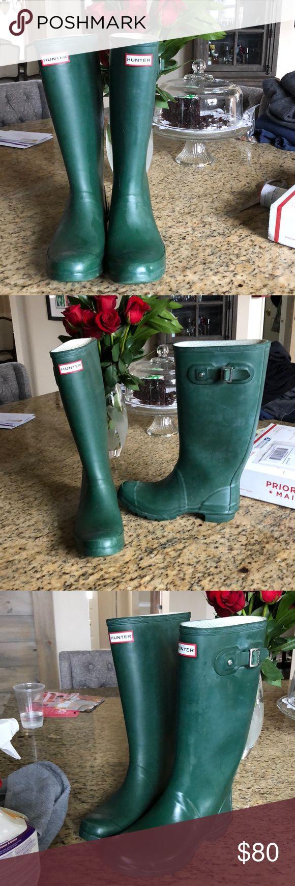 Matte green Hunter Boots Tall Hunter rain boots. Matte color. Minor wear. Hunter Shoes Winter & Rain Boots