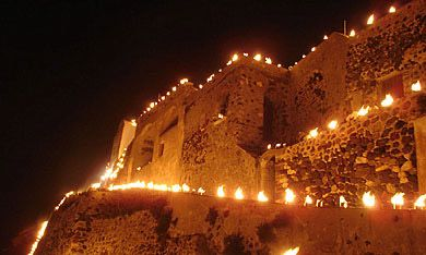 The Kasteli of Pyrgos on Good Friday - The Epitaphios