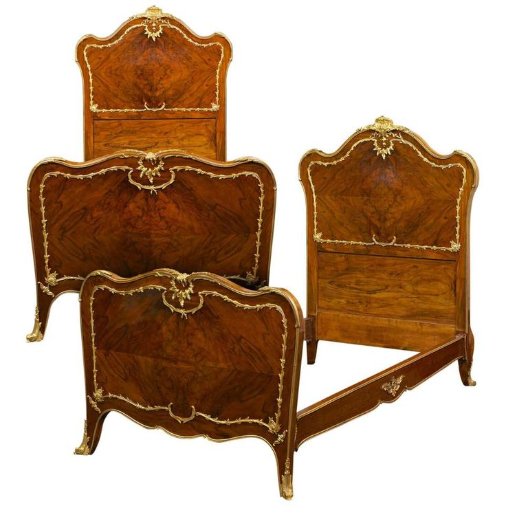 Rococo Style Pair of Twin Beds For Sale