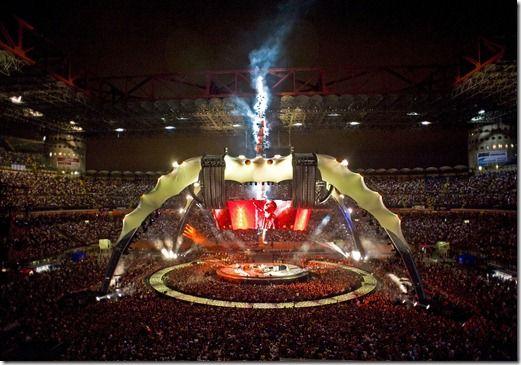 U2 - Stage 360° Tour