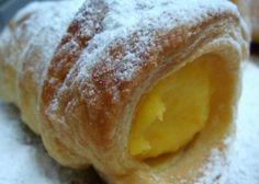 Creme de Ovos Esta receita de creme de ovos serve para rechear bolos, crepes, tortas, sonhos e também pode ser servido em taças individuais com canela ou amêndoas torradas.