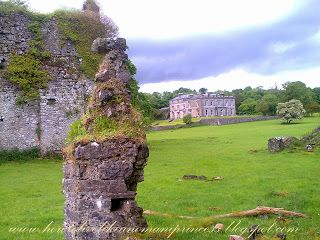 How To Live Like an Omani Princess: TWO OMANIS IN: Temple House Demesne, Ballymote, Co. Sligo, Ireland