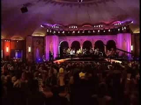 'ORIGINAL' NBA on NBC Theme - Roundball Rock - John Tesh - facebook.com/JohnTesh - YouTube