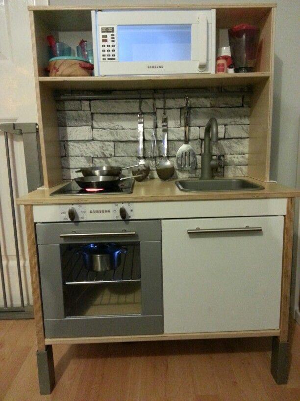 les 116 meilleures images propos de cuisines enfant sur pinterest cuisine ikea cuisines. Black Bedroom Furniture Sets. Home Design Ideas