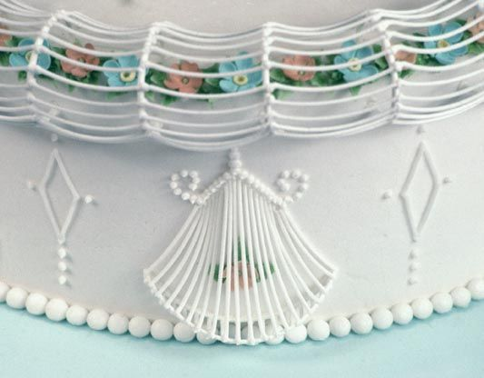 Cake Frosting Design Templates : 41 best images about Lambeth Method on Pinterest Wilton ...