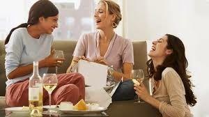 Si quieres organizar una reunion con amigas, o preparar una depedidad de soltera tranquilas, consultame, precios especiales para grupos, masajes de Reflexologia Podal y Reiki
