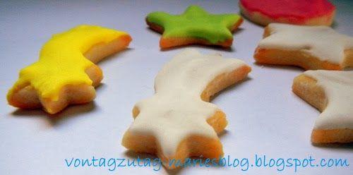 @vontagzutagmari Einfache Weihnachtskekse mit Zuckerglasur. Auch von Kindern leicht und gut nachzubacken. http://vontagzutag-mariesblog.blogspot.com