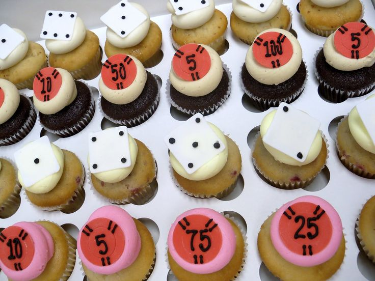 69 best vegas wedding cakes images on Pinterest Las vegas