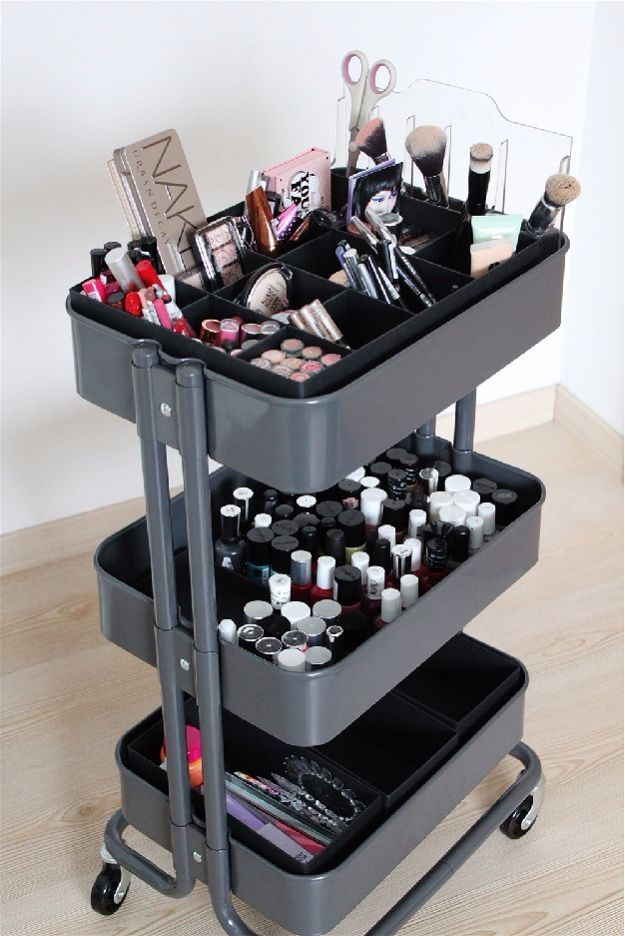 Rolling Cart | Cool Makeup Organizers To Give Your Makeup A Proper Home