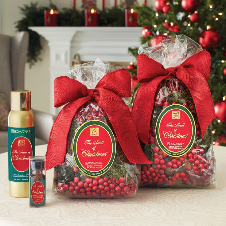 The smell of christmas decorative fragrance by aromatique