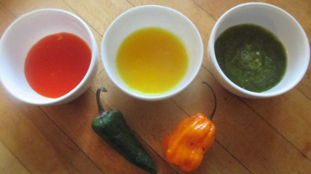 Red, green or yellow? Whatever kind of hot sauce you like, here's how to make your own fermented versions quickly and easily.