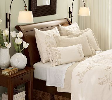 furniture: Lamps, Sleigh Beds, Bedside Lamp, Bedrooms Linens, White Bedrooms, Master Bedrooms, Beds Linens, Guest Rooms, Pottery Barns
