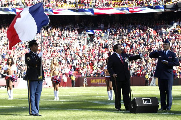 Attentats de Paris : l'hommage du monde sportif - Redskins Washington
