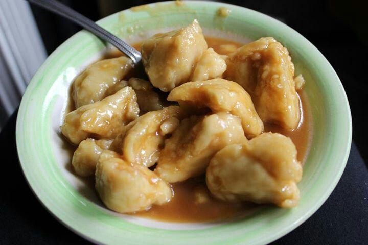 Faikakai traditional tongan food.