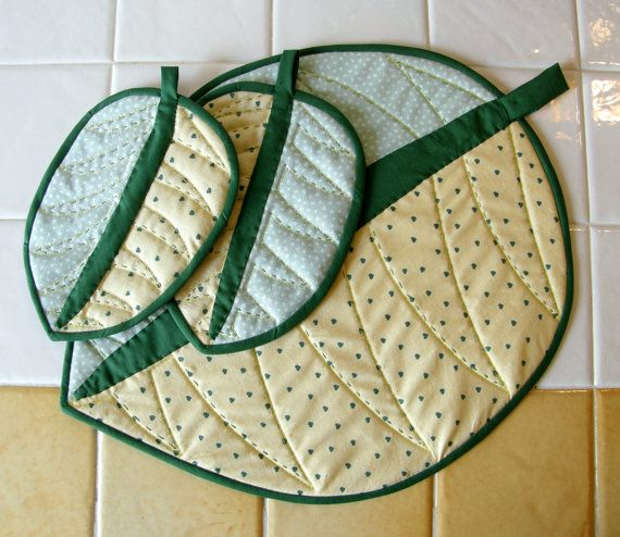 Fabric Coaster Set of 3 Leaf  Candle Mat Quilt di martacreazioni
