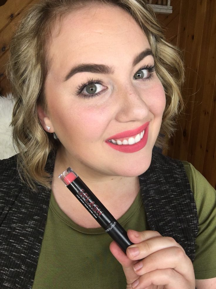 Moodstruck Splash Liquid Lipstick in Susceptible // Younique