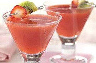Iced Strawberry Kiwi-tini