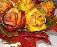 Podzimní kytice ze spadaného listí