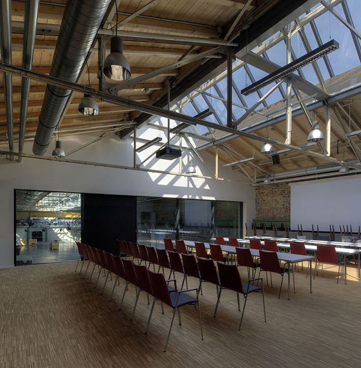 Gallery - Hall 32 / Heinrich Böll Architekt - 11