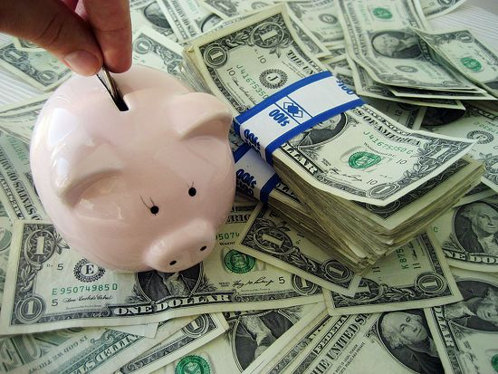how to invest small amounts of money wisely