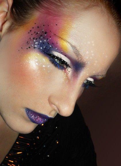 Beautiful ladies eye makeup www.loveitsomuch.com