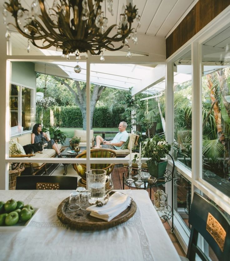 If a tropical oasis is your idea of heaven, then boy are you in for a treat. Because Nili Steven's home tour is all that and more. Tucked amongst palm leaves and lush gardens galore, this incredible home is truly