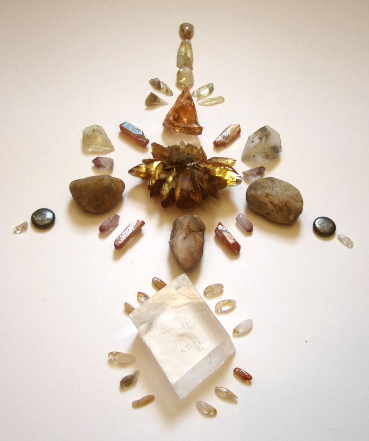 #crystals #crystalgrids #meditation #newearth