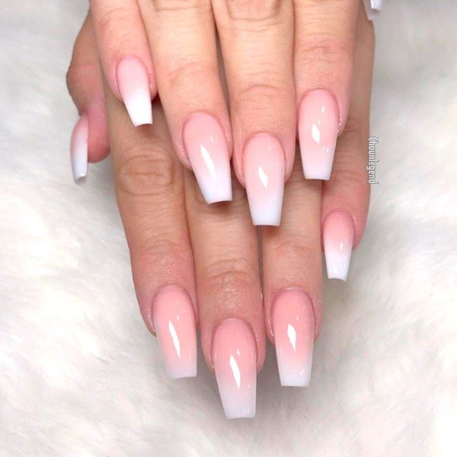 White Acrylic Nails Never Go Out Of Fashion Even Now They Are Extremely Popular Artificial Nails Are Great Tim White Acrylic Nails Gel Vs Acrylic Nails Nails