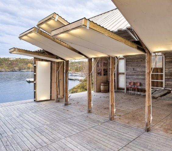 Près du village d'Aure sur la côte nord-ouest de la Norvège, l'agence TYIN Tegnestue Architects a réalisé cette petite maison de bois en s'inspirant des traditionnels hangars à bateaux de la région avec leur plan rectangulaire et leur...