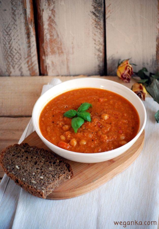 Kuchnia wegAnki: Hiszpańska zupa z ciecierzycy