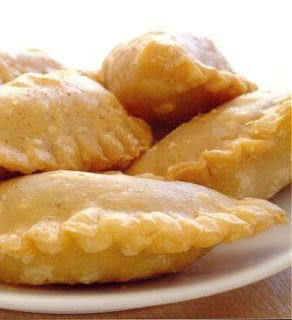 The Geeky Chef: Pumpkin Pasties.... Like from Harry potter, yes ma'am!!