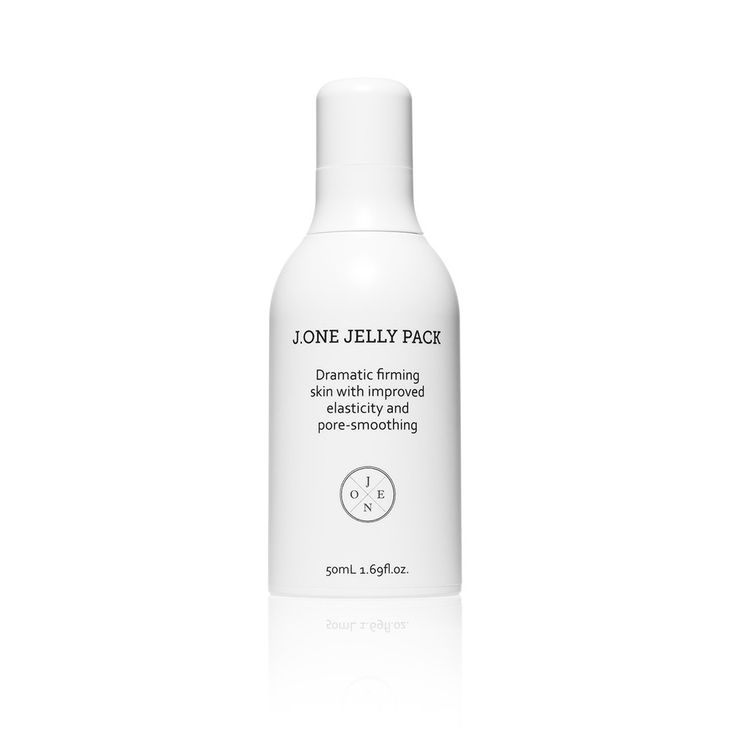 J.One Jelly Pack provides a corset like effect on facial contours and enable makeup to adhere better.