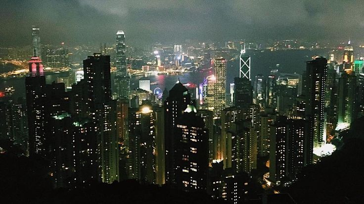 Our design team on tour. Hello Hong Kong  / #jetlag #hongkong #iriedaily #berlin