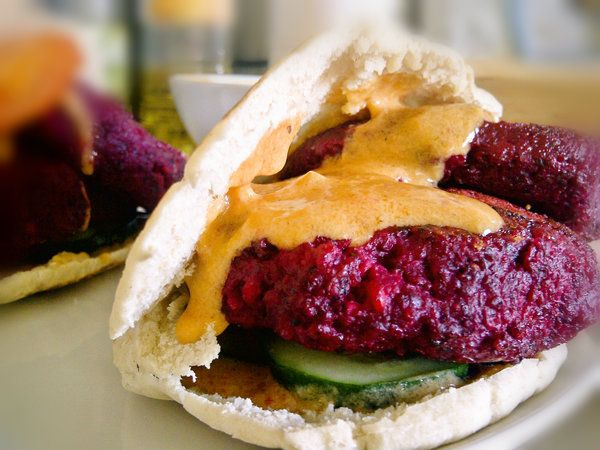 Lentil Beet Burgers with Creamy Roasted Red Pepper Sauce