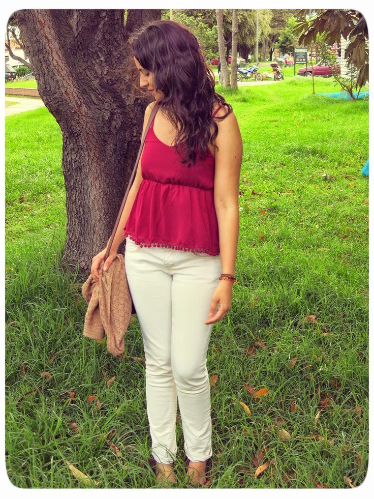 Y. A. Q. - Blog de moda, inspiración y tendencias: [Objeto del deseo] Blusa con pompones