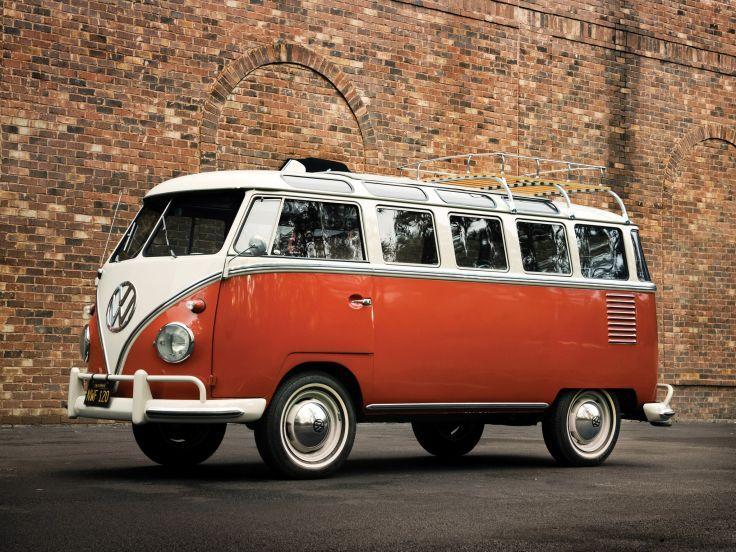 1951 Volkswagen T-1 Deluxe Samba Bus