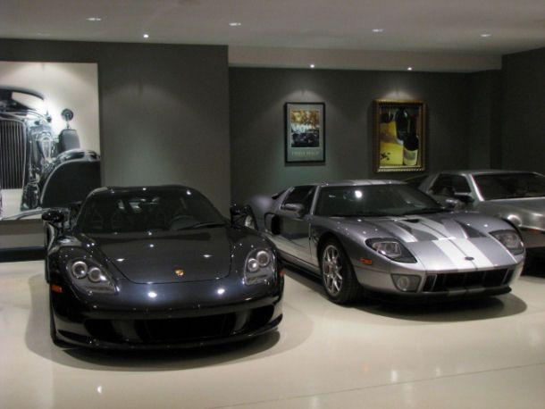 coole garage - zwarte auto's - wonen voor mannen