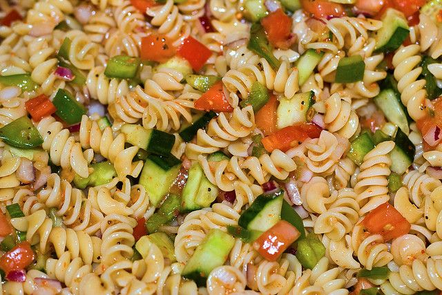 There are so many recipes for pasta salad with Italian dressing out there it's hard to choose one. The following recipe is my favorite. It combines many different ingredients to make one awesome pasta salad with Italian dressing. For those meat lovers out there adding pepperoni is a great additional touch to this salad.  http://saladrecipeshealthy.com/pasta-salad-with-italian-dressing/