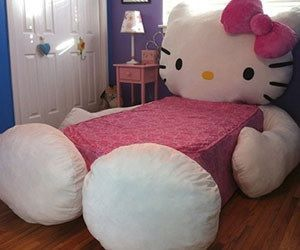 Hello Kitty Bed - I'm pretty sure I need this... It says twin mattress... :(  Which is just as well because I'm 100% confident Bruce won't let me do this to our bed... GUEST BEDROOM!!!