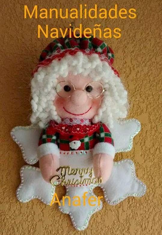Lindos copitos de nieve con muñecos en su interior: Santa, Noela, Nieve y Jengibre, acompañarán tu hogar en esta Navidad. Ideales para decor...